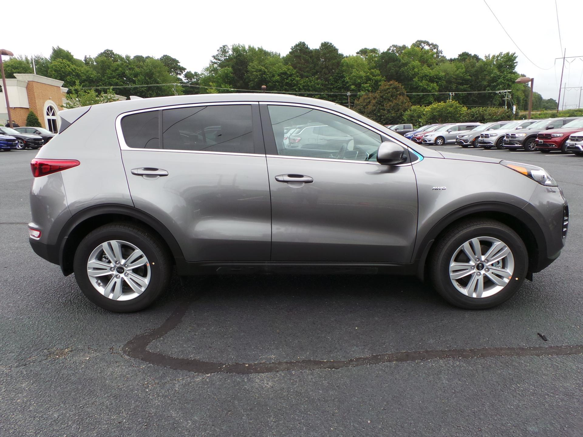 New 2019 Kia Sportage LX WG In Williamsburg #K1907