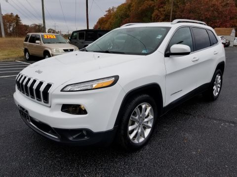 Pre-Owned 2016 Jeep Cherokee LIMI